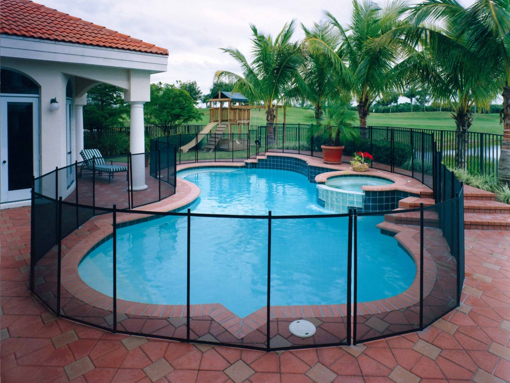 Pet Fence DIY | Removable Pet Pool Safety Fence for your Dog ...